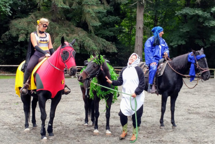 Fall / Halloween Scavenger Hunt Trail Ride @ Lake Washington Saddle Club | Kirkland | Washington | United States